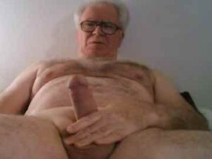 Chubby Silver Daddy Live Cam Show
